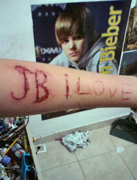 bieberfevertoofar